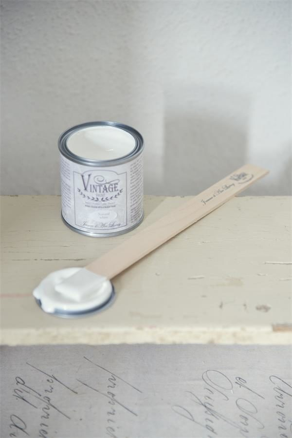 Natural-white-vintage-paint