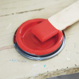 Warm_red_vintage_paint_vernici_shabby