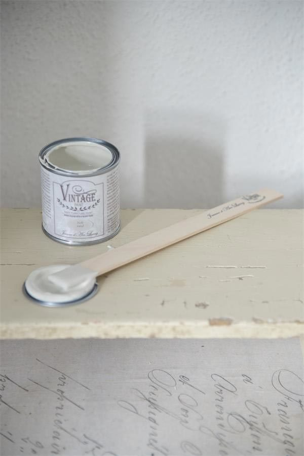 vintage chalk paint soft sand