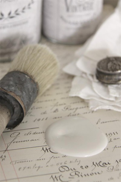 french beige vintage paint