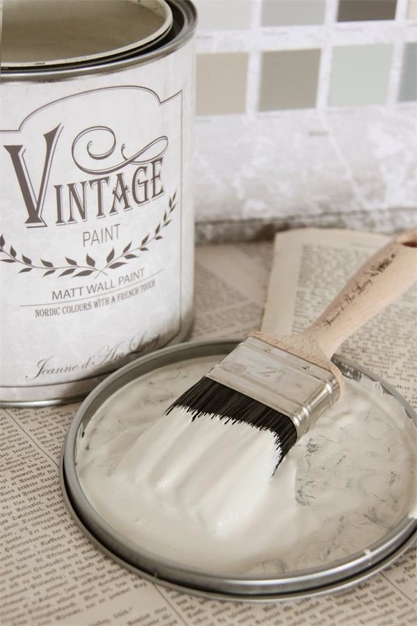 vintage paint warm cream vernici shabby
