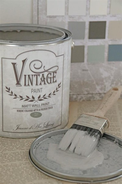 vintage paint warm grey vernici shabby