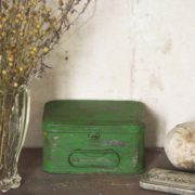 Vintage Chalk Paint Bright green vernici shabby