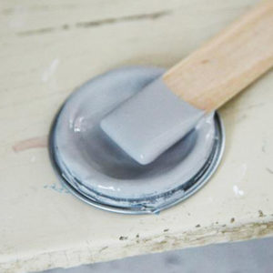 Old_grey_vintage_paint_vernici_shabby